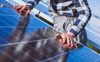 ¿Cuánto dura una placa solar?