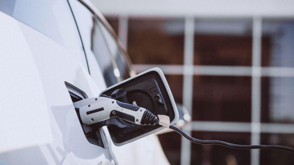 Autoconsumo coches eléctricos