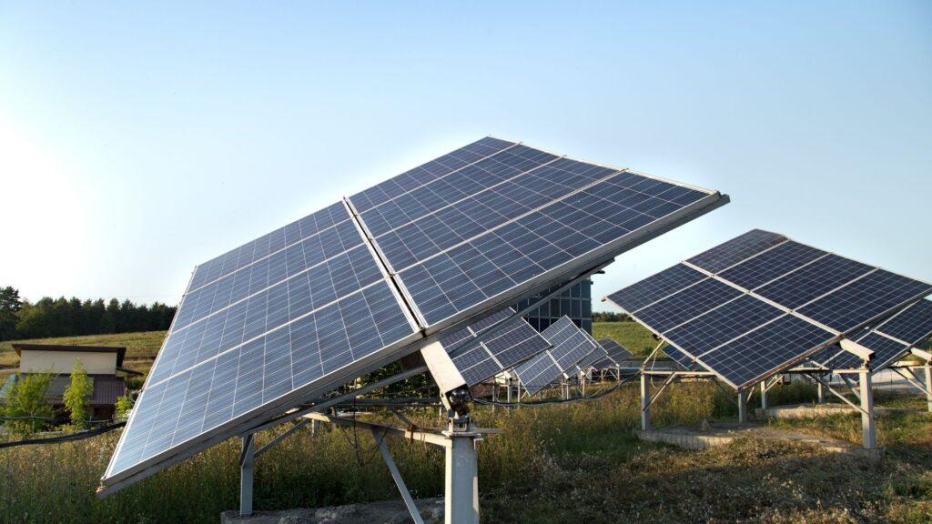 Instalación de paneles solares en tu vivienda